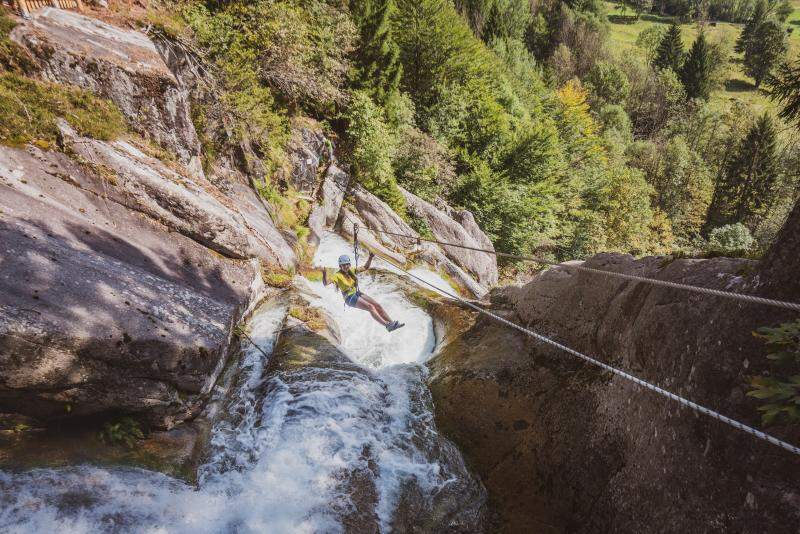 ACRORIVER-val daone guide alpine 97