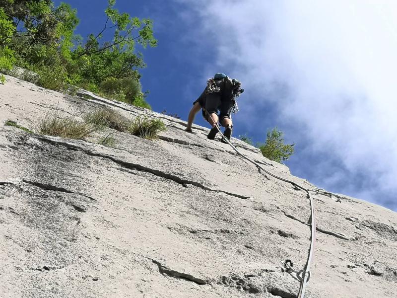 arrampicata arco guide alpine mountain friends (4)