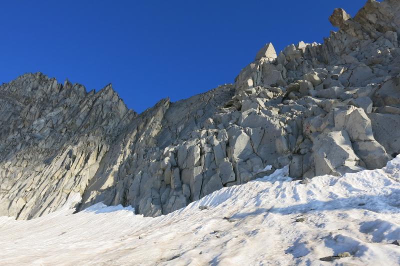 cresta est con la parete Cerana