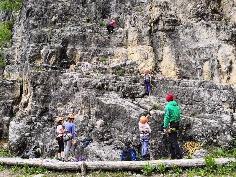 momenti del corso di arrampicata