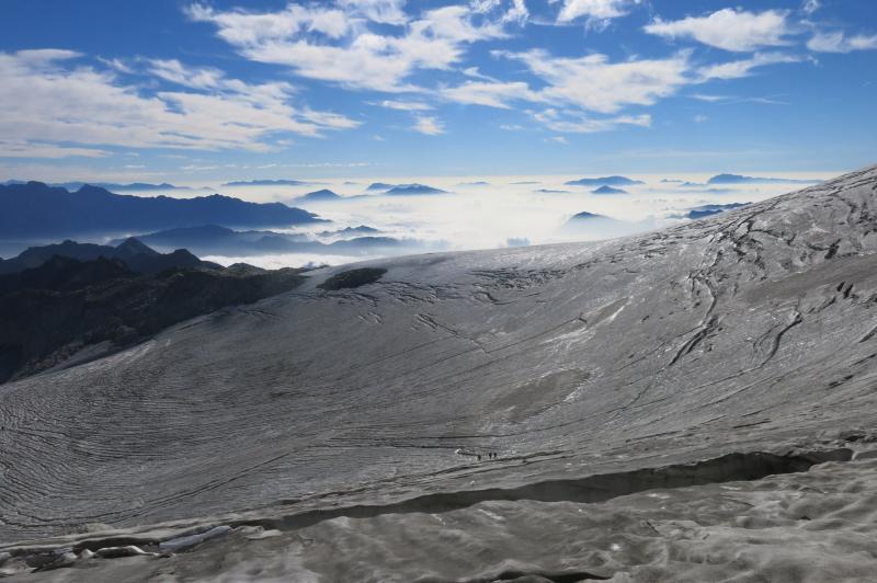 il ghiacciaio attraversato per salire al Cavento dal rifugio Carè Alto