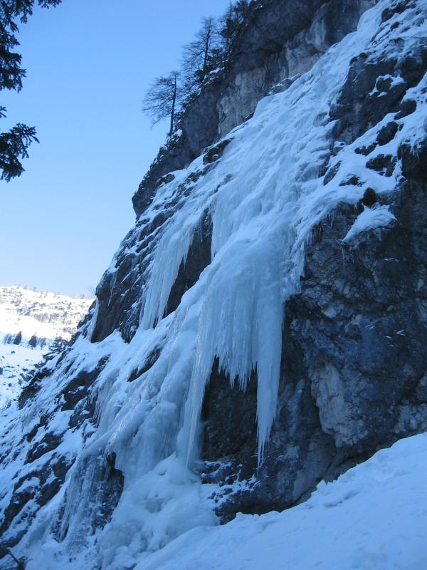 cascate di ghiaccio in val Brenta